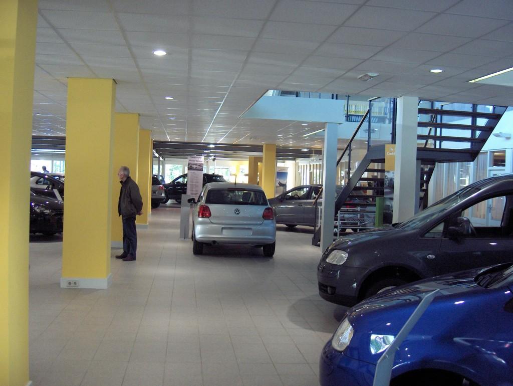 Showroom autoservice vd velden- interieur